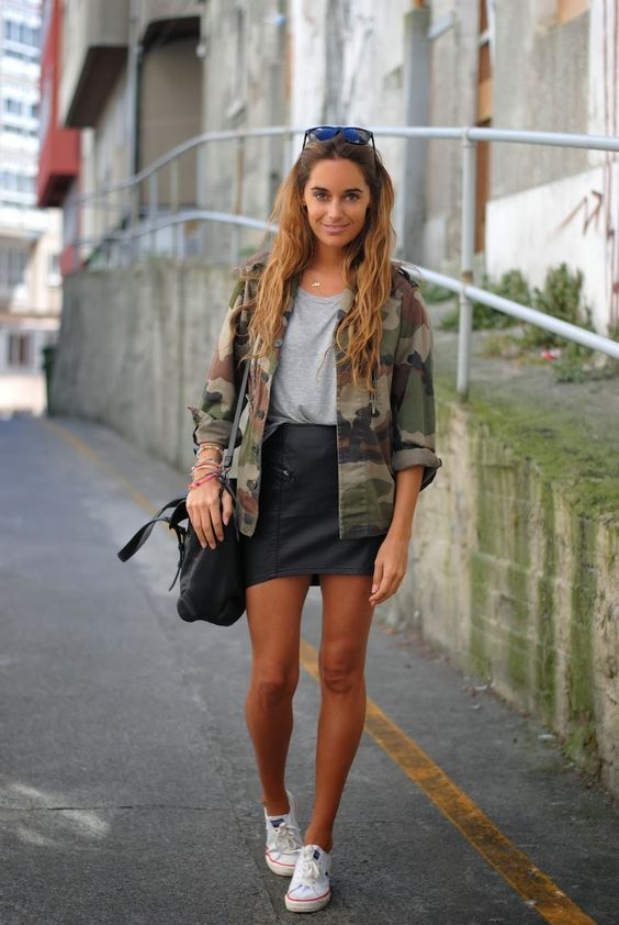 10-ways-to-wear-a-camo-shirt-2