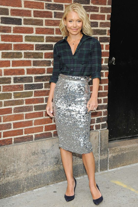 ways how to wear sequin skirt outfit 1