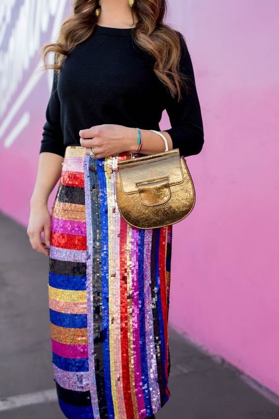 ways how to wear sequin skirt outfit 10