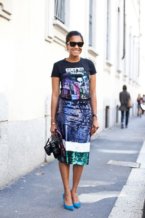 ways how to wear sequin skirt outfit 35
